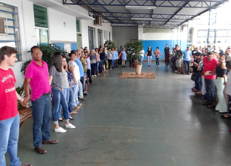 Servidores  participam de reflexão sobre a Páscoa