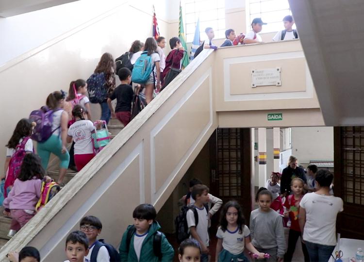 Mais de mil servidores do Município se preparam para receber quase 10 mil alunos nessa quinta-feira, 6
