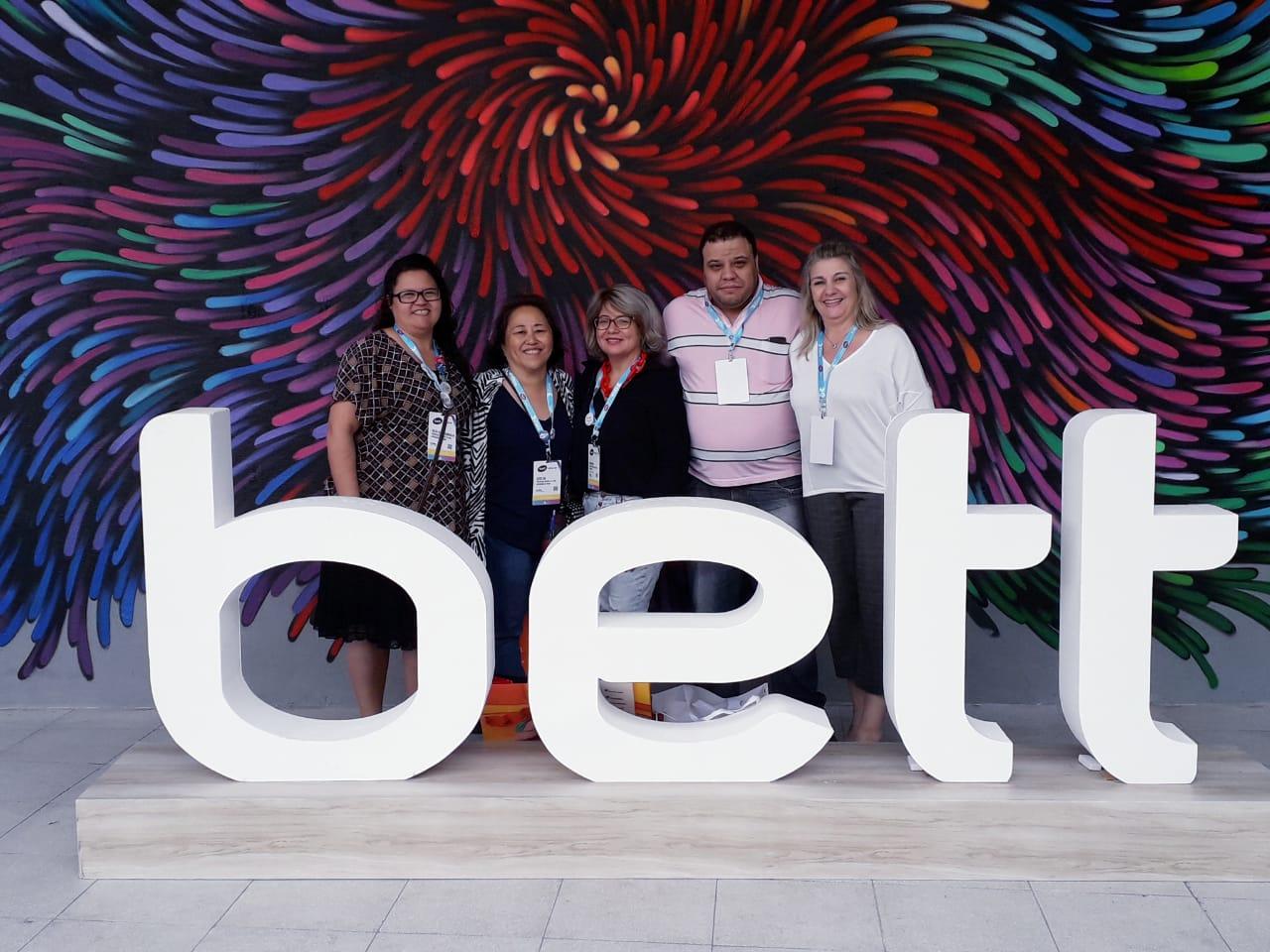 Servidores da Educação Municipal participam do maior encontro de tecnologia, educação e inovação da América Latina