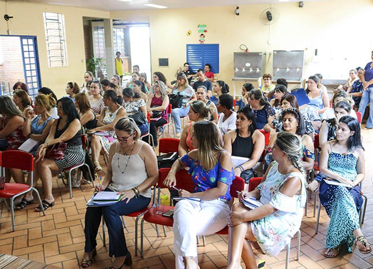 Unidades escolares de Assis realizam planejamento anual