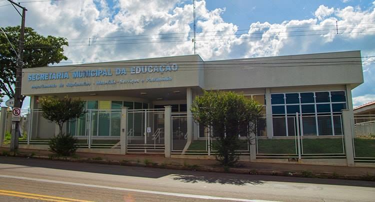 Prefeitura abre Processo Seletivo Temporário para Auxiliares de Organização Escolar