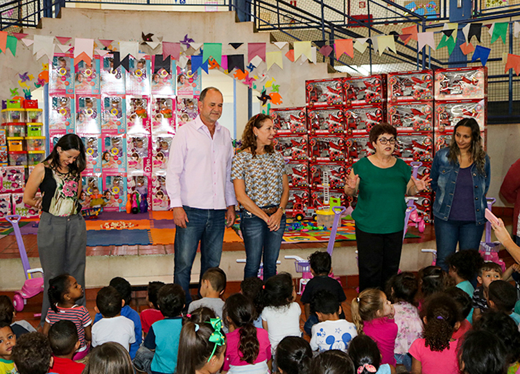 Prefeitura adquire mais de 12 mil brinquedos para a Educação Infantil